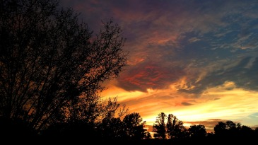 sunset-889331_1920